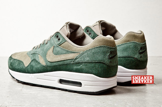 nike-air-max-1-suede-green-4