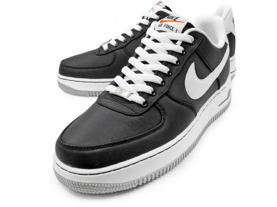 nike-air-force-1-low-black-white-grey-2-570x427