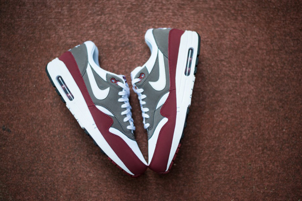 air max blanche bordeau