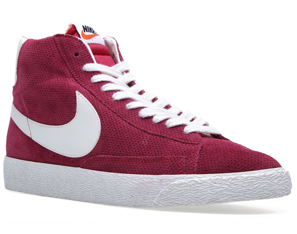 nike-blazer-mid-noble-red-3