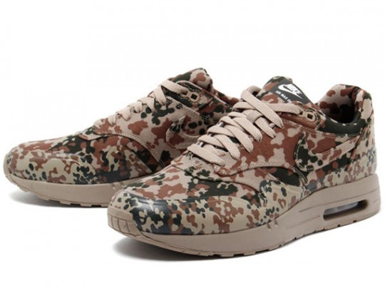 nike-air-max-1-camo-germany-3