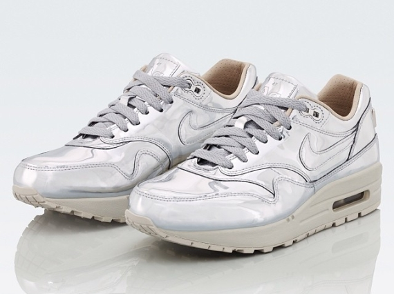nike-wmns-air-max-1-sp-liquid-silver