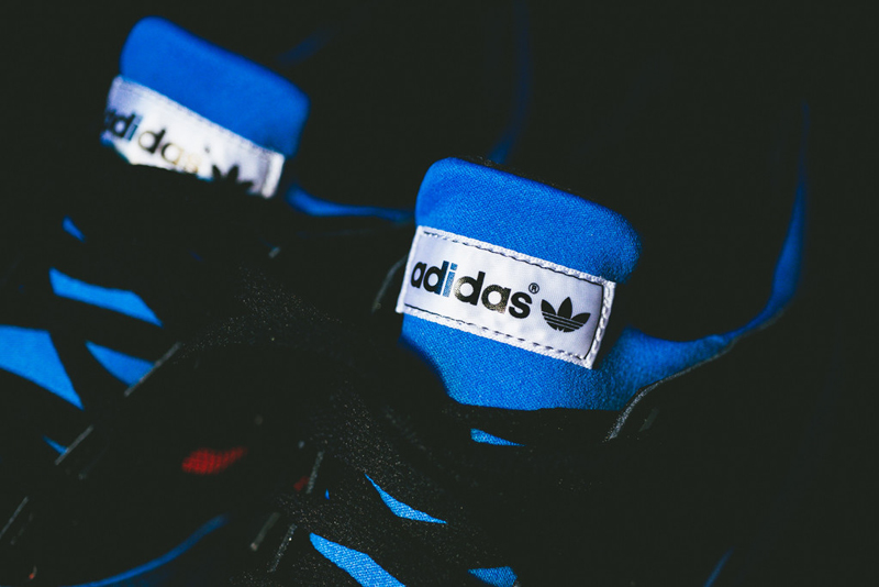 adidas blue torsion