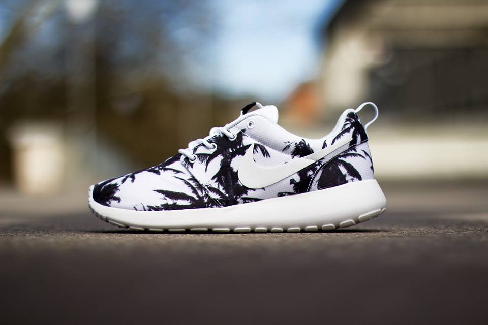 uzwvw Nike WMNS Roshe Run Palm Trees Photos