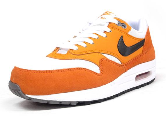 nike air max grises - air max 1 orange