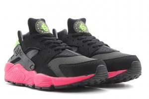 nike-air-huarache-anthracite-hyper-punch
