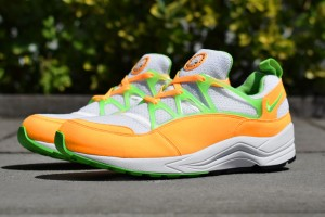 nike-air-huarache-light-atomic-mango