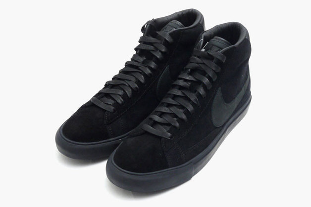 black comme des garcons x nike blazer high premium preview le site de la sneaker. Black Bedroom Furniture Sets. Home Design Ideas