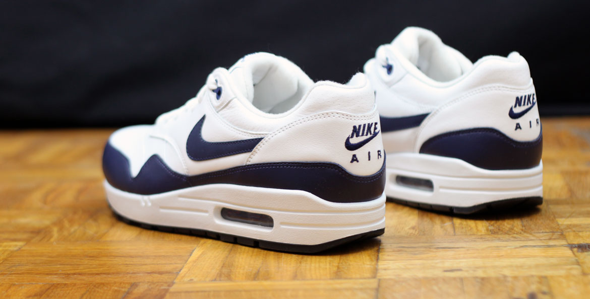 nike air max 1 midnight navy white sore