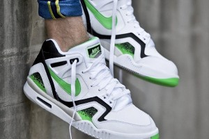 nike-air-tech-challenge-ii-2-poison-green