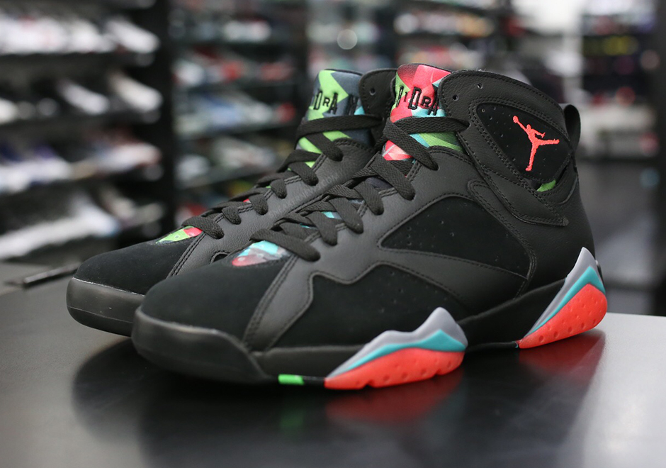 air-jordan-7-barcelona-nights