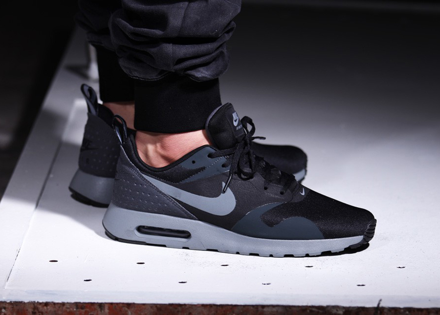 nike air max tavas archives le site de la sneaker. Black Bedroom Furniture Sets. Home Design Ideas