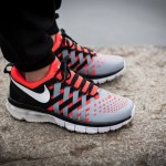 nike-fingertrap-max-bright-crimson-dove-grey-black