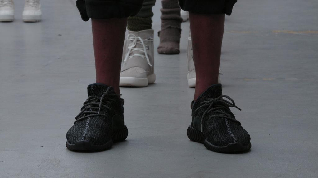 adidas yeezy boost low