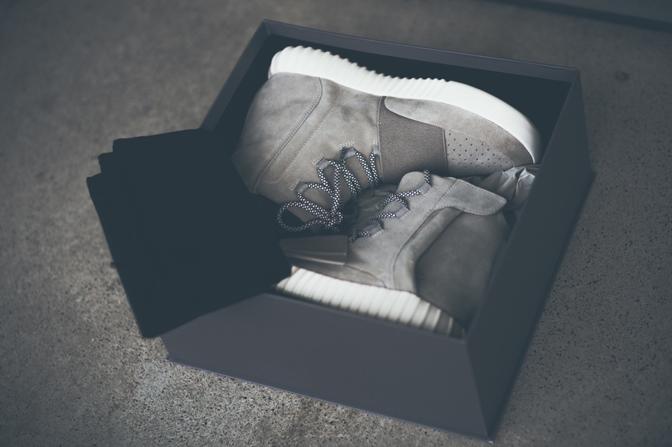Yeezy Boost 750 Foot Locker
