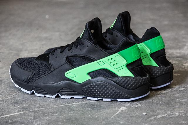 Nike Shoes Haraci