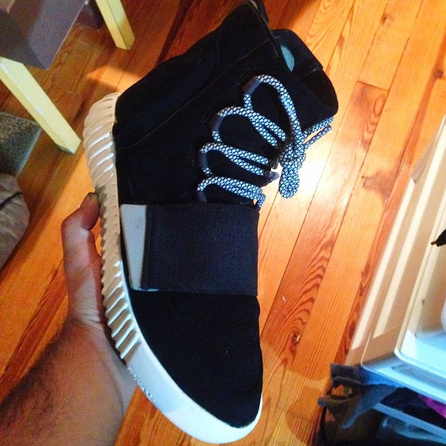 adidas-yeezy-boost-black-custom