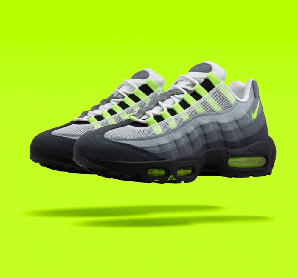 nike-air-max-95-patch-neon-1