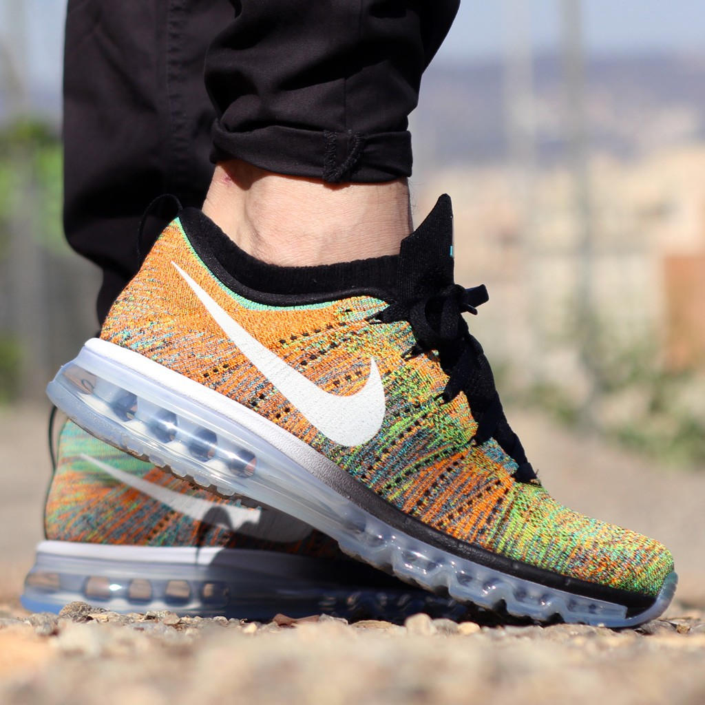 nike flyknit air max on feet