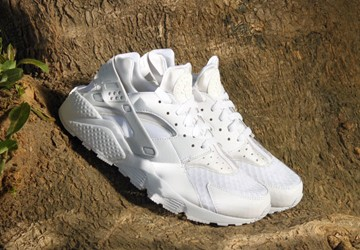 nike air huarache triple white restock
