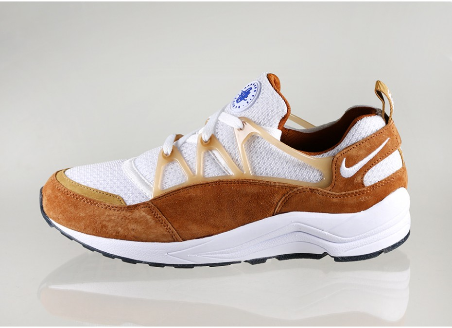 ... nike-air-huarache-light-dark-curry-306127-717