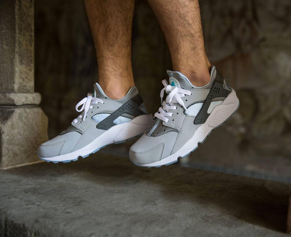 air huarache gris