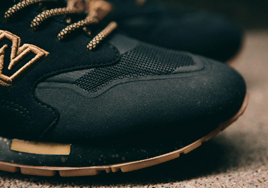 New Balance 1600 Black Gold