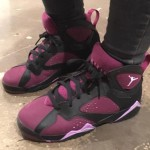 air-jordan-7-gs-mulberry-black-fuchsia-glow