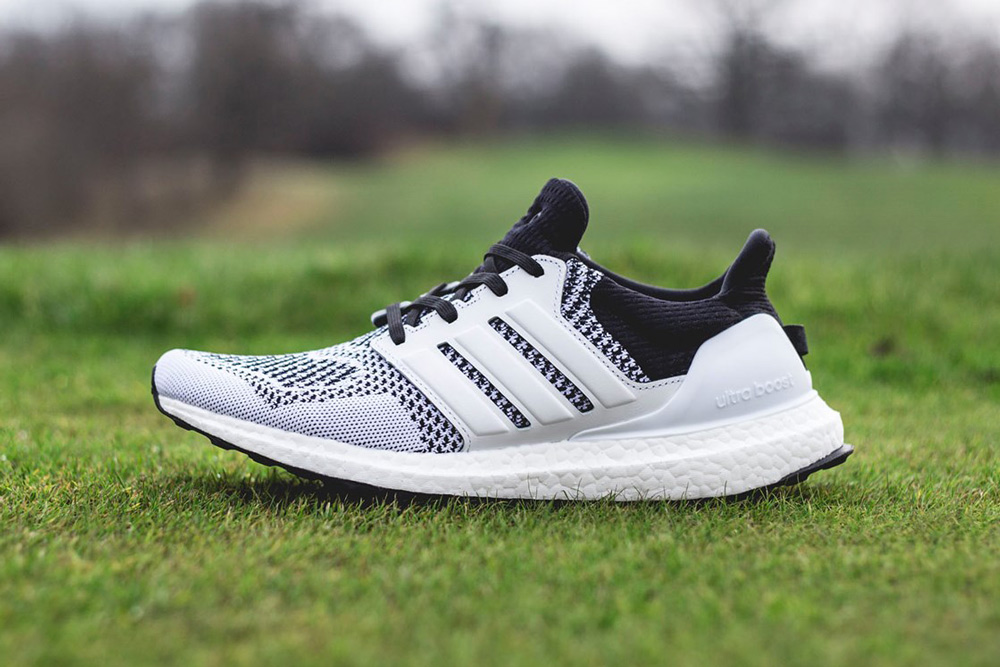 sneakersnstuff adidas ultra boost tee time pack_2