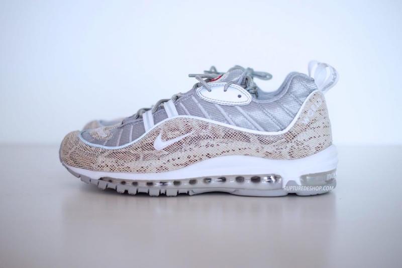 purchase cheap 4ebb7 24a15 Nike Air Max 98 Pour Femme