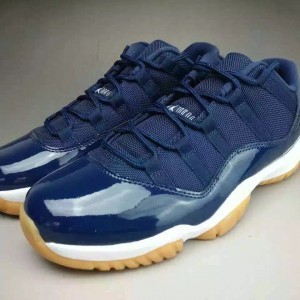 air-jordan-11-low-navy-gum-ete-2016