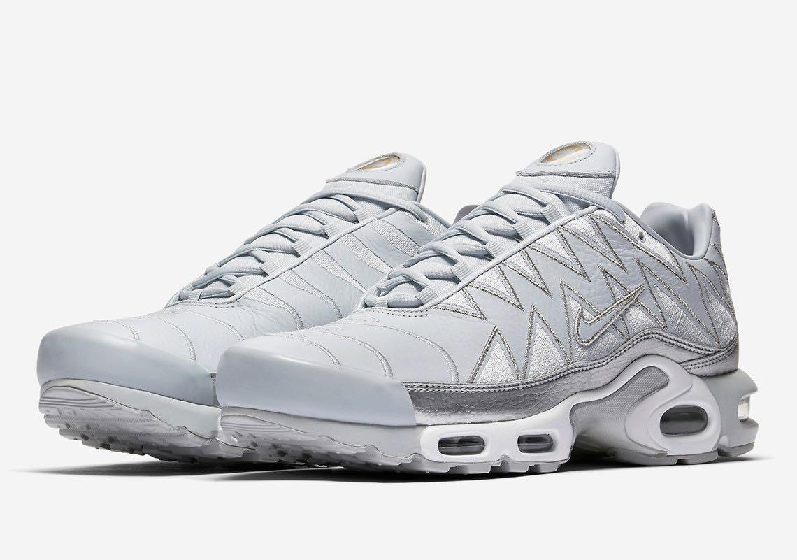 Nike Air Max Plus Pure Platinum Requin - Le Site de la Sneaker