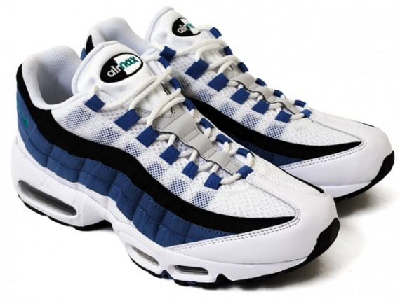 huge selection of 265a0 c496d ... Old Royal nike-air-max-95-blue-slate-2 ...