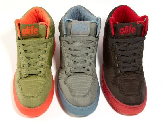 ALIFE Everybody Hi Toxic Parachute Pack - Le Site de la Sneaker 60fde4212a