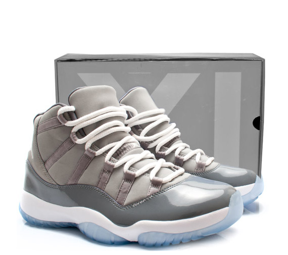 Le Sneaker Retro Xi La Grey Disponible De Air Site Jordan 11 Cool qP00f4