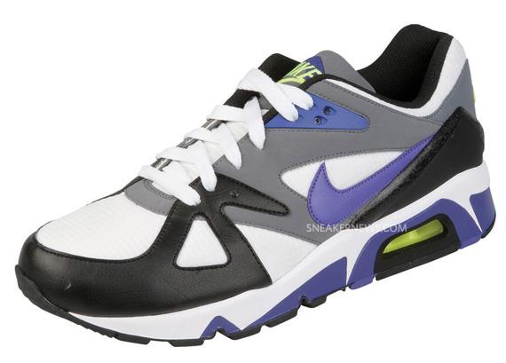 b0e4cc81f4b6 Ce sont des exclusivités Foot Locker Europe et vous les trouverez dès  maintenant en magasin!