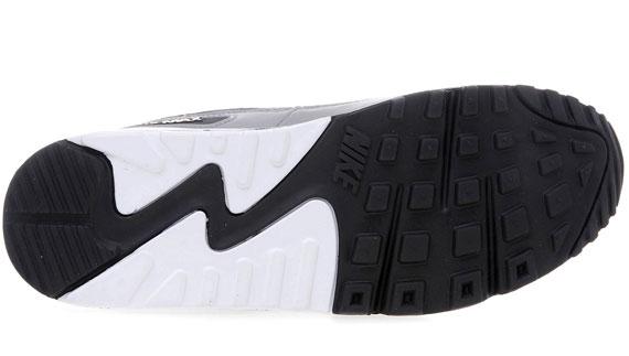 NIKE AIR MAX RED AND BLACK NIKE AIR MAX 90 SNEAKERS Nike