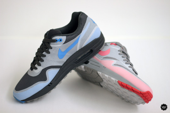 Hyperfuse Black And White Blue