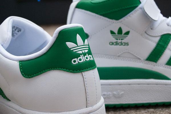 reputable site 55efd 8547b ... italy adidas lance le pack fairway composé dune adidas forum mid et  dune adidas superstar ii