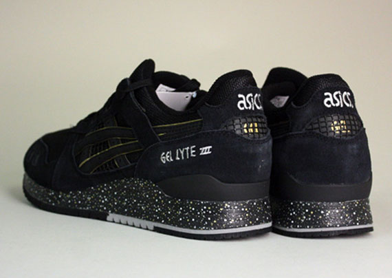 atmos x asics gel lyte iii dispo le site de la sneaker. Black Bedroom Furniture Sets. Home Design Ideas