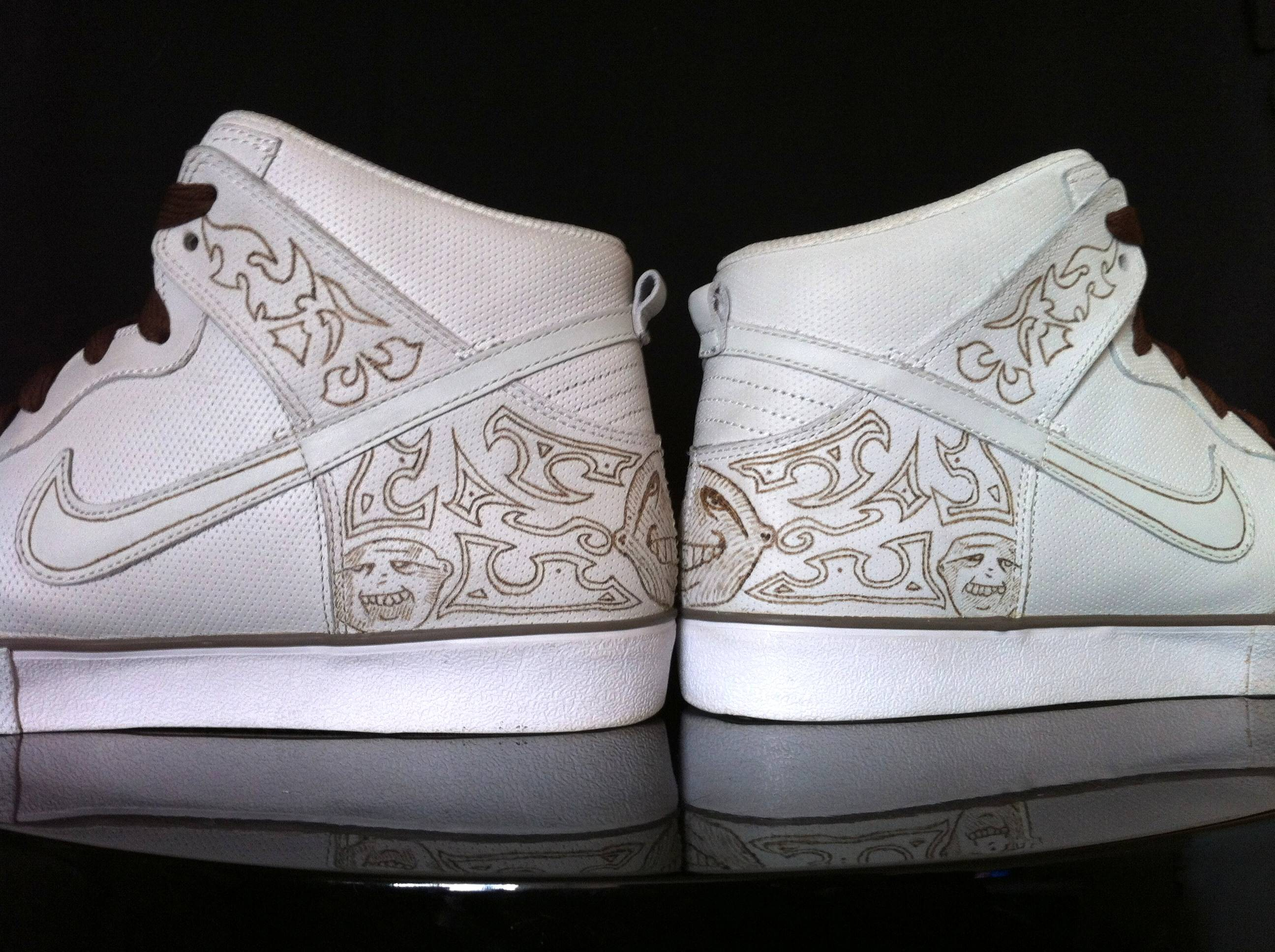 """8c45833556b Air Jordan 3 """"Gucci"""" par Dank Customs   Absolelute - Le Site de la ..."""