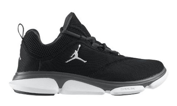 On peut deviner le confort de la paire, qui est parfaite pour la saison  printemps-été! Elle est en vente sur le Nikestore.
