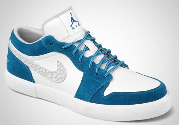 Air Jordan Retro V.1 Military Blue - Le Site de la Sneaker eb5b5f57e