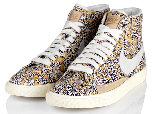 competitive price new style new york Liberty of London x Nike Blazer WMNS Mid Vintage - Le Site ...