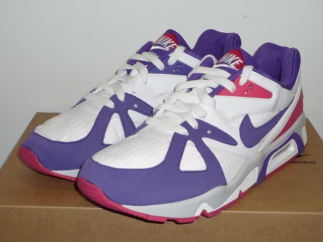 RELEASE  Nike Sportswear Air structure triax 91 white   purple 2538690fe