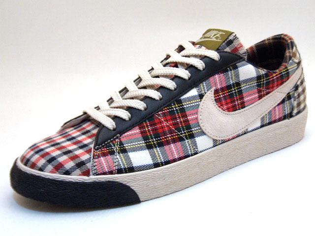 ffba2a15123 Nike womens Blazer Low plaid check pack. Après des Air max 1 dans le ...
