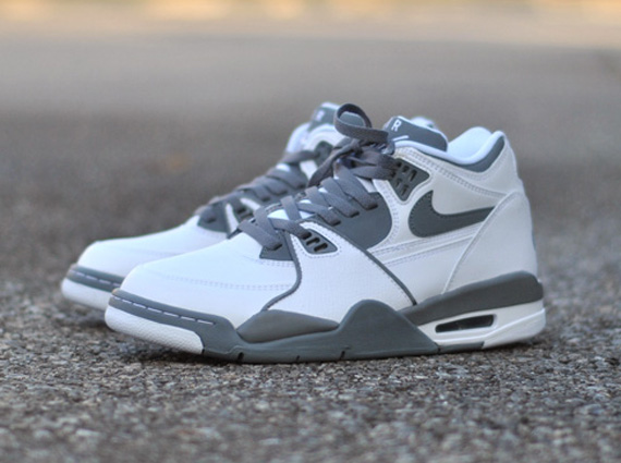 Nike Air Flight  89 White Grey - Le Site de la Sneaker 722e0641a90b