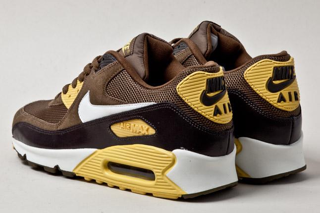 7a3f19c5070c Nike Air Max 90 Mighty Hawks - Le Site de la Sneaker