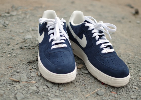 Conception innovante f3ed8 aff21 Nike Air Force 1 Blazer Ink Blue - Le Site de la Sneaker