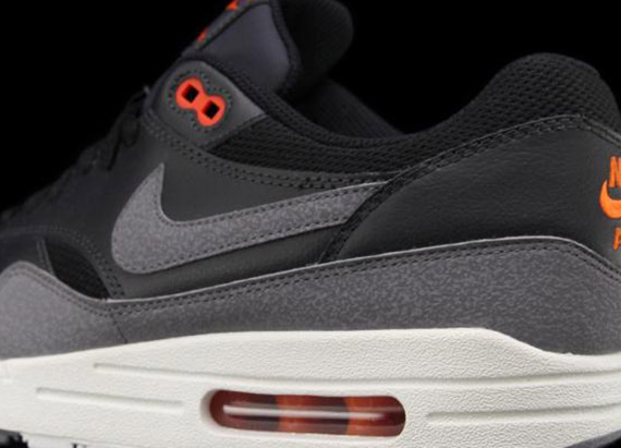 nike air max 1 noir grey red